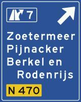 K2 Voorwegwijzer langs autosnelweg